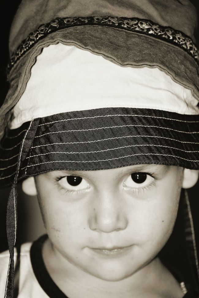 Blackandwhite Photography Son Hats Whatyoulookingat Youaremylove