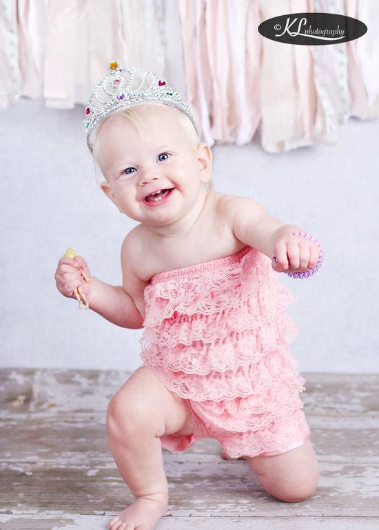 Happy 1st Birthday little Lorraine! Childrensphotographer Kids Being Kids Kidsphotography Children Portraits HappyBirthday Baby&kidsphotography Firstbirthdayphotoshoot