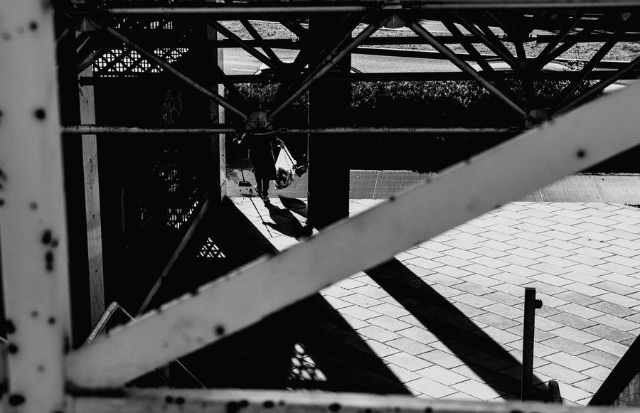 EyeEm Selects Black And White Friday first eyeem photo EyeEm Streetphotography Walking Real People Streetphoto_color Canonitalia Rear View Canonphotography Canon Eye4photography  Streetphotographer Eyeemphoto Photographer EOS Shadow Architecture Sunlight Built Structure Outdoors Streetphoto_bw Blackandwhite Blackandwhite Photography