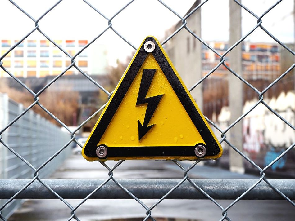 Beautiful stock photos of industrial, Board, Chainlink Fence, Close-Up, Danger
