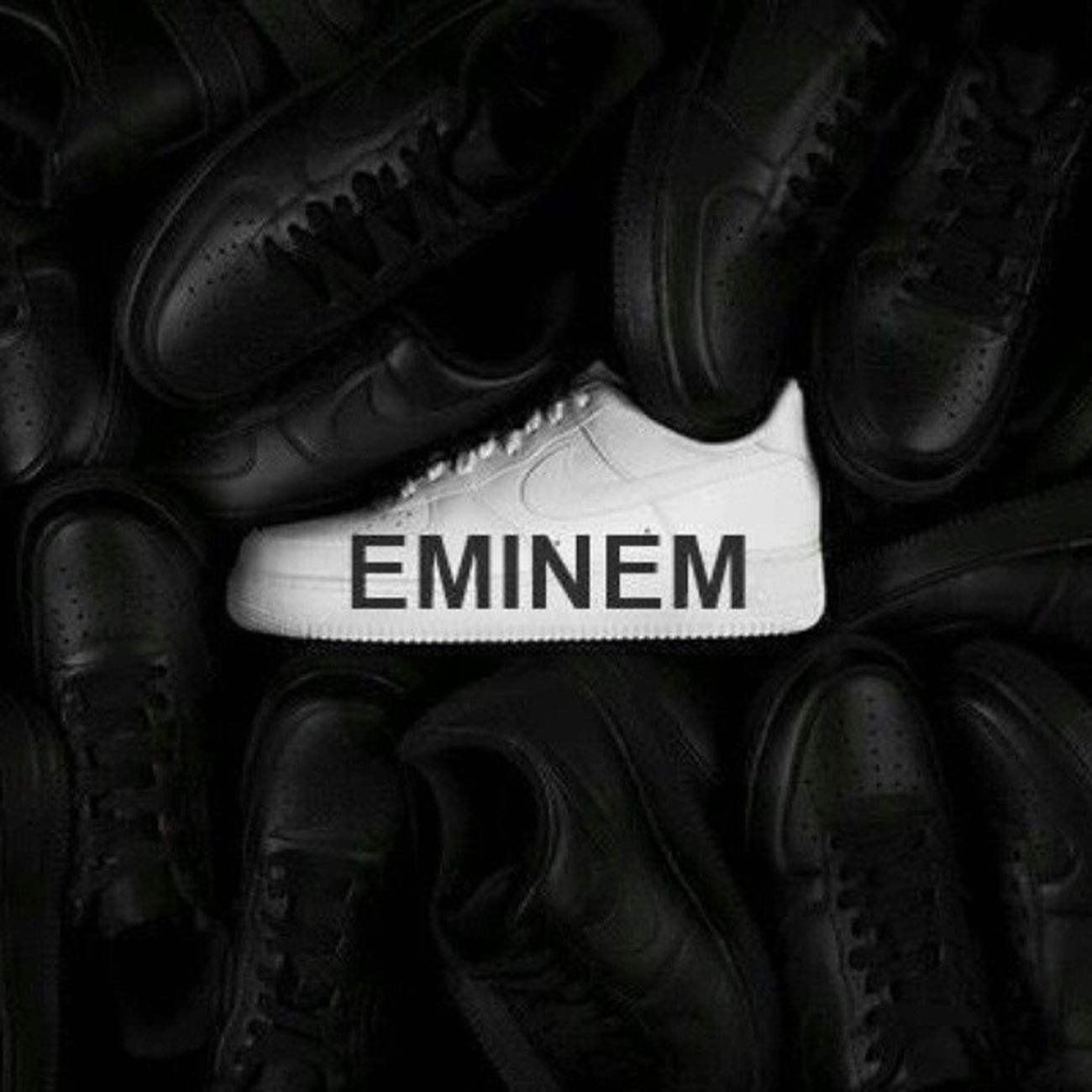 Kısa ve öz. Eminem Marshall Bruce Mathers Rapking Rapgod