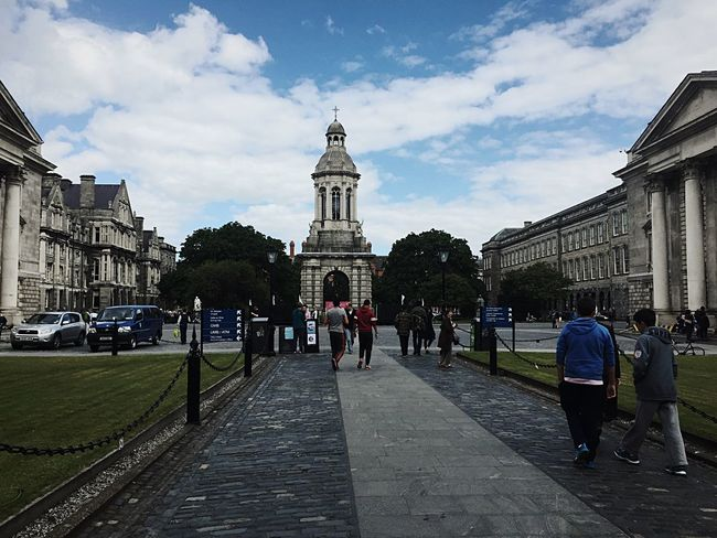 Trinity College Dublin Trinity College Dublin Collage Ireland🍀 Ireland Prestigious Old Campus Tour On Campus The Architect - 2016 EyeEm Awards My Commute Feel The Journey Original Experiences The Innovator On The Way People Together Battle Of The Cities The City Light The Architect - 2017 EyeEm Awards