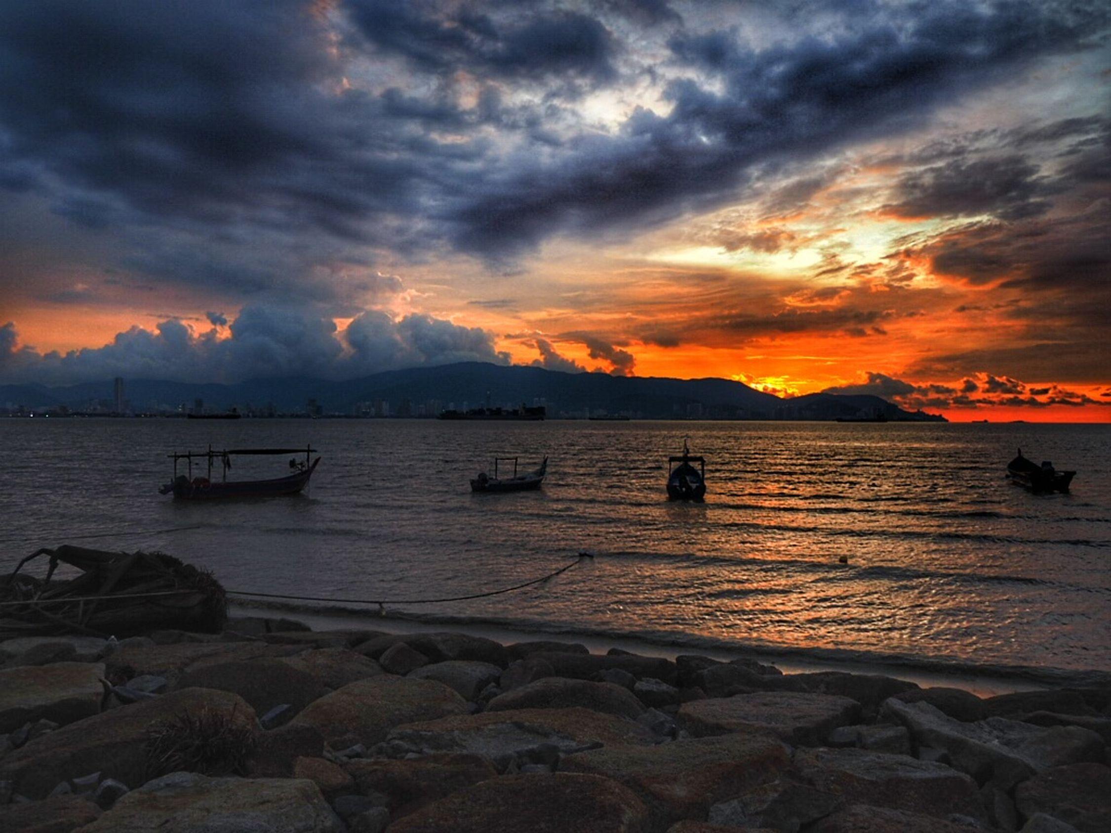 Sunset Pantaibersih