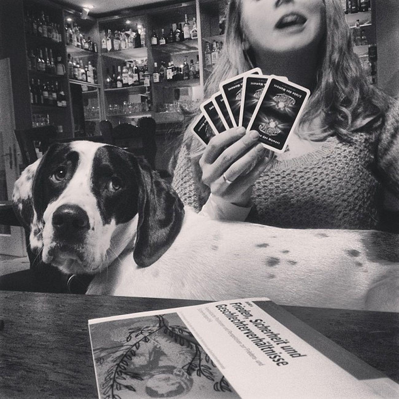 Germany Berlin Wedding Brunnenstraße Brunnenviertel Mitte Brunnenquelle Felix Dog Hund IPhone Iphonephotography Photography Bw Kristin  Stich Card Gambling