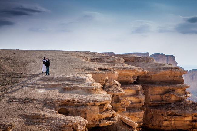 Edge of the world at the edge of Tuwaiq mountains in Riyadh, Saudi Arabia Adventure Desert Edge Of The World Mountains Nature Riyadh Saudi Arabia Tuwaiq Tuwaiq Mountains The Great Outdoors - 2016 EyeEm Awards Tranquil Tranquility The 2016 EyeEm Awards