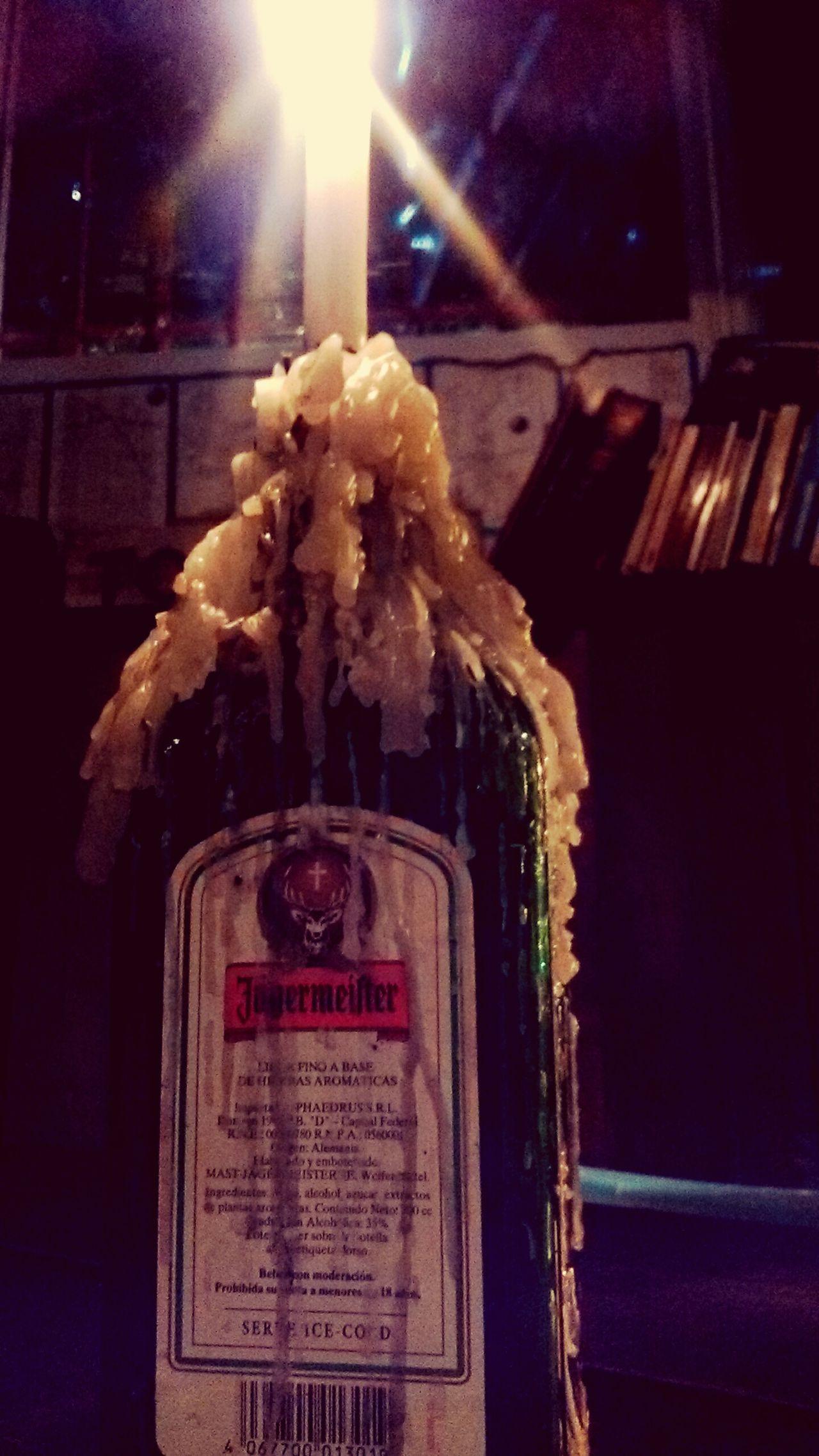 Vela Botella Bar la noche recien arranca... Los30devalocha