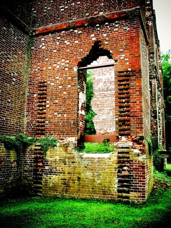 The Ruins of Rosewell Architecture Brick Wall Building Exterior Built Structure Closed Day Exterior Façade Grass Grassy Green Color Growth Historical Building Ivy Lawn No People Old Outdoors Plant Rosewell Mansion Ruin Sky