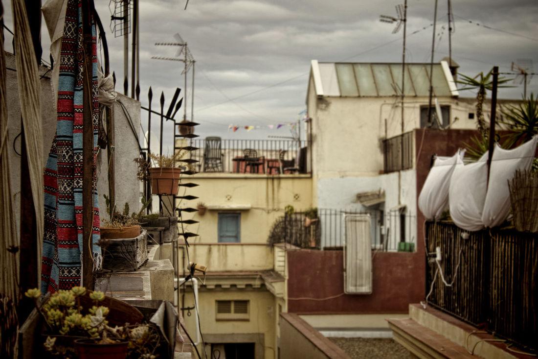 Barcelona Barri El Born Rooftops Cityscapes Bokeh Takeiteasy Street Photography Ilovethiscity Cityscape
