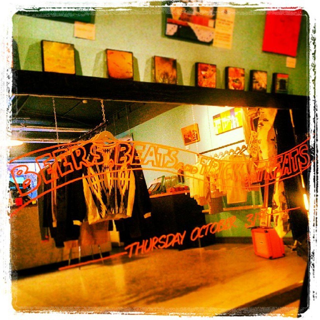 Halloweenmirror Halloweennight Beersbeatsandtrickortreats Tacos veggieburrito gruelguerilla 12yoyos 31stoctober lastthursdayofthemonth