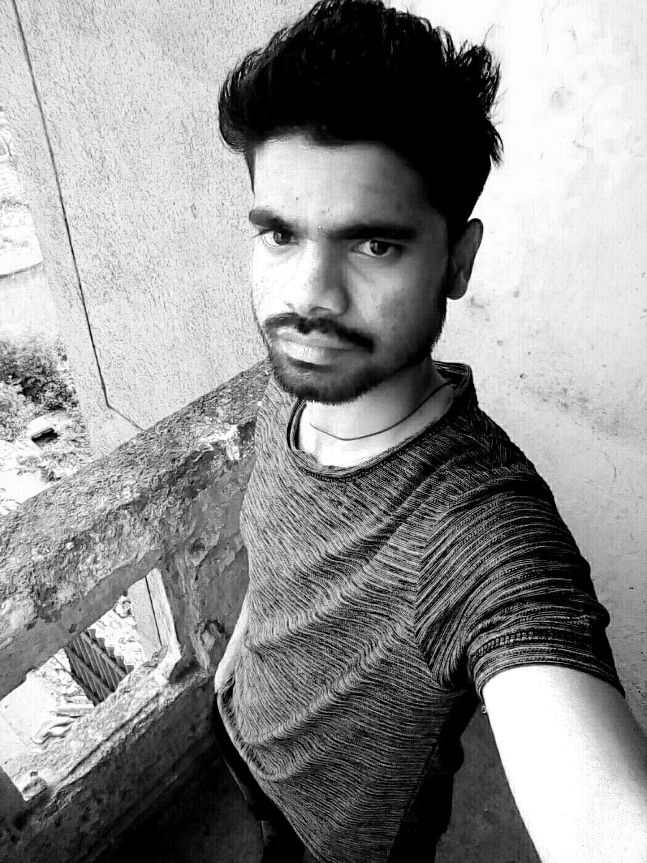 Good Afternoon Guyz Looking At Camera One Person Human Body Part Love Is In The Air ':/5+(:'''/*''@'-@$3'@$$ Life Is A Beach Face Paint Bajranbali I'm Rajendra Crazy Boy@@@@@@@@@@@@com 💪💪💪💪💪💪 Loveing Him ❤ Love To Take Photos ❤ .my Bestfriend And I  Friends :'(:):?96@,((6(6')95@$/5((<=(€)('? Blackandwhite Photography Drinking Glass