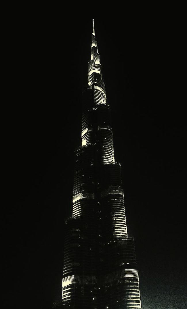 well Hello there World's Tallest Building Pleased to meet You 🗼 🗼🗼 Dubai❤ Theburjkhalifa Taking Photos Explore you soon😃😌😍✌💋