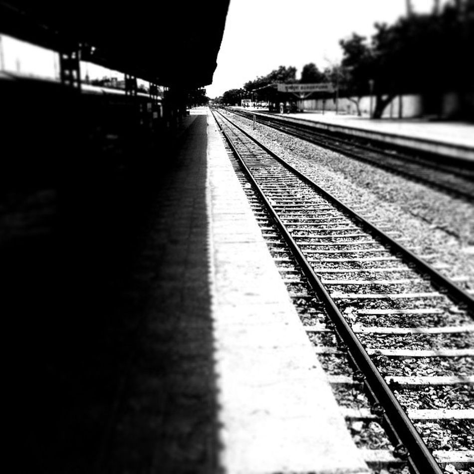 One of the quietest places that I like to visit while in Jaipur..Durgapura railway station. Travelling Adventuring Jaipur Pinkcity Railroads Indianrailways Instaedit Insta_adventurers Insta_bnw Insta_lovers Instapic Rajasthan