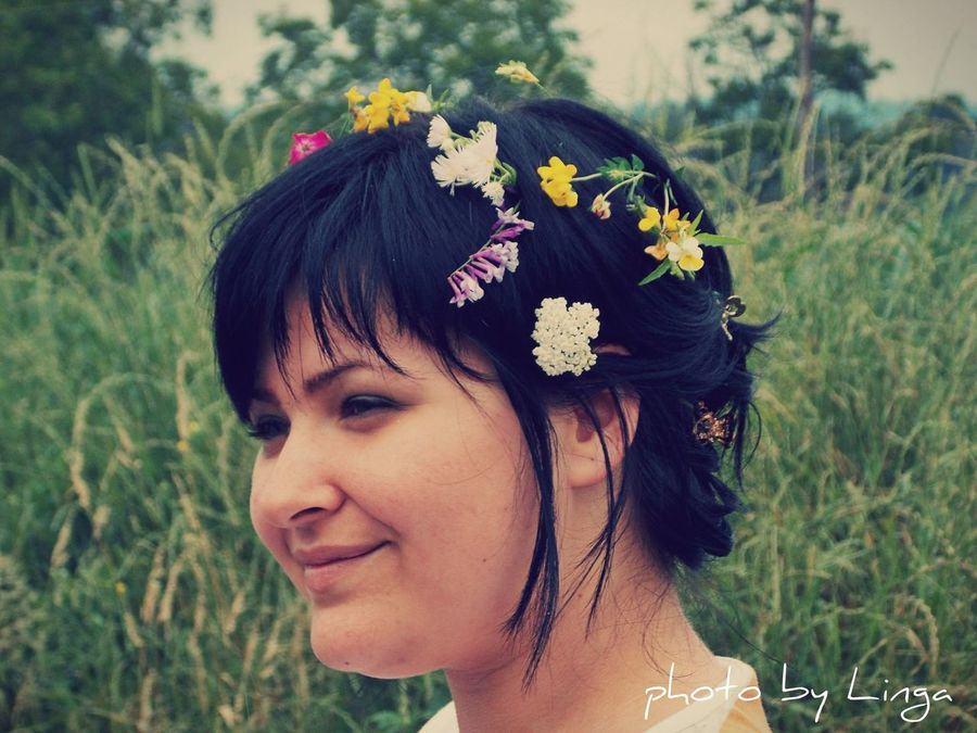 Vscocam VSCO Girl Portret Flowers Flowers In My Hair