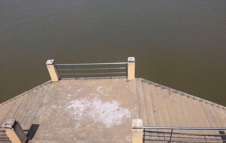 Khong River Shadows & Lights Light And Shadow Stairs To Khong River Platform Stairs Platform Stairs & Shadows