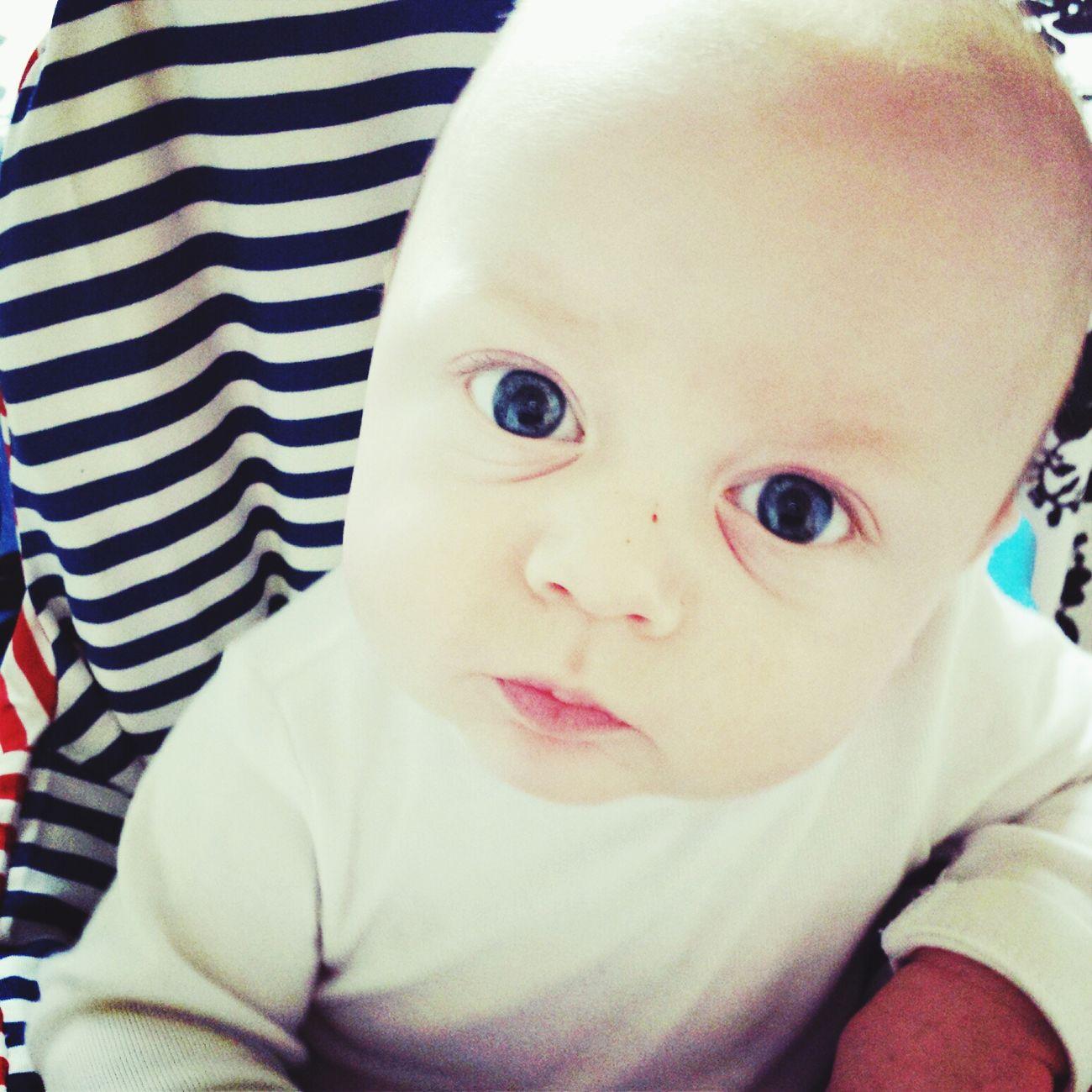 Hes eyes! ♡