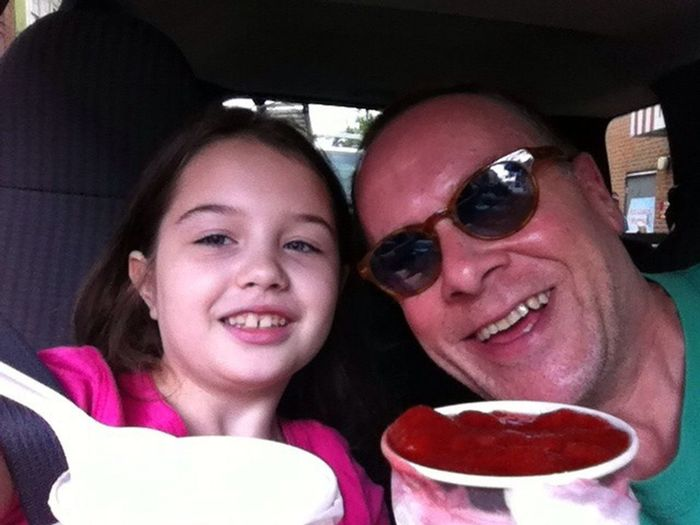 Sophia and I having our weekly water ices LLaFamilia Streamzoofamily Myfamilyhunt TheVille
