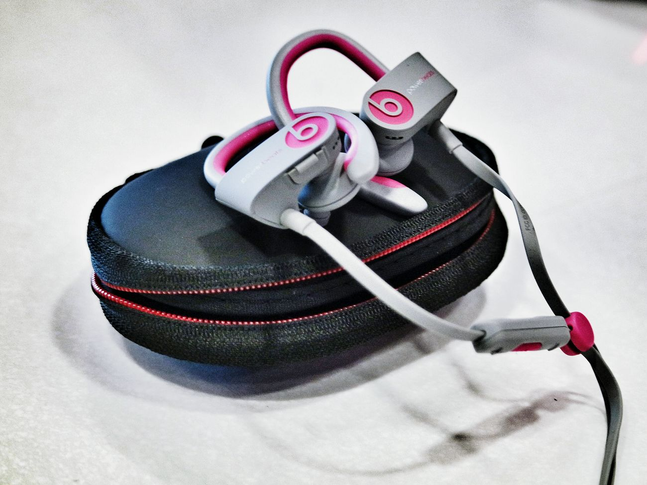 Not really a fan of pink but I like these Powerbeats Wireless Beats By Dre