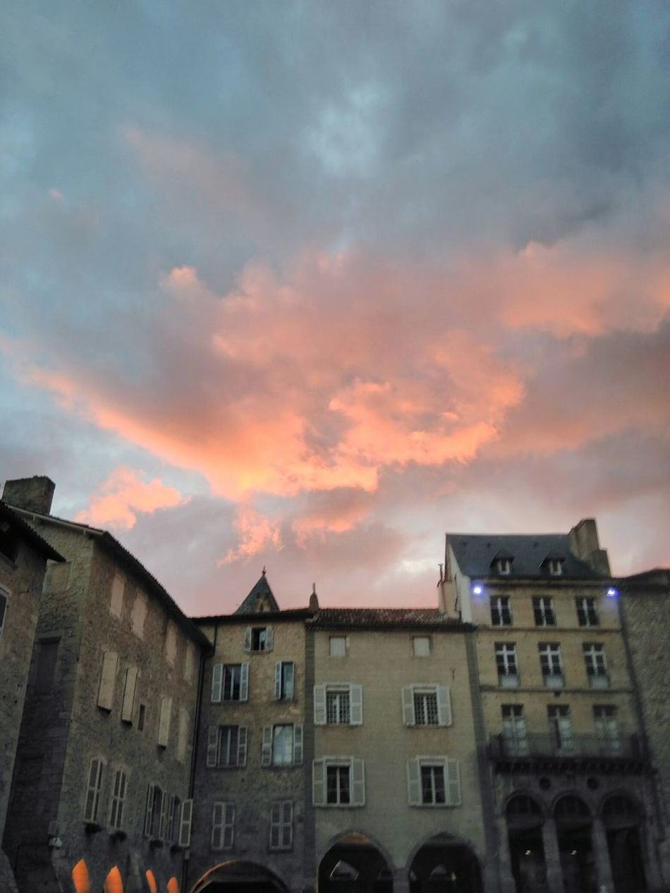 Aveyron Villefranche De Rouergue MedievalTown Sky Beautiful Colours Sunset Sunset_collection Colourfulsky Sky_collection