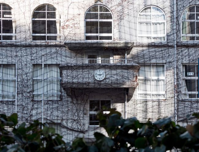 Ginza School Primary School Architecturelovers Architecture_collection Architectural Column Tokyo Architecture Window Building Exterior Built Structure No People Outdoors Day The Graphic City EyeEmNewHere
