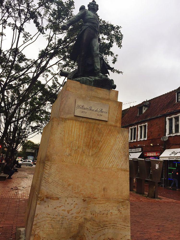 Antonio José de Sucre... Independence Statue Bogotá