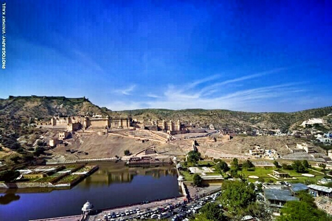 Hill Top View of the Amer Fort from the Fortress Wall on these opposite side in Jaipur Rajasthan Incredible India Beautiful View EyeEm Best Shots - Architecture EyeEm Best Shots Amazing Architecture Thegreatoutdoorswithadobe