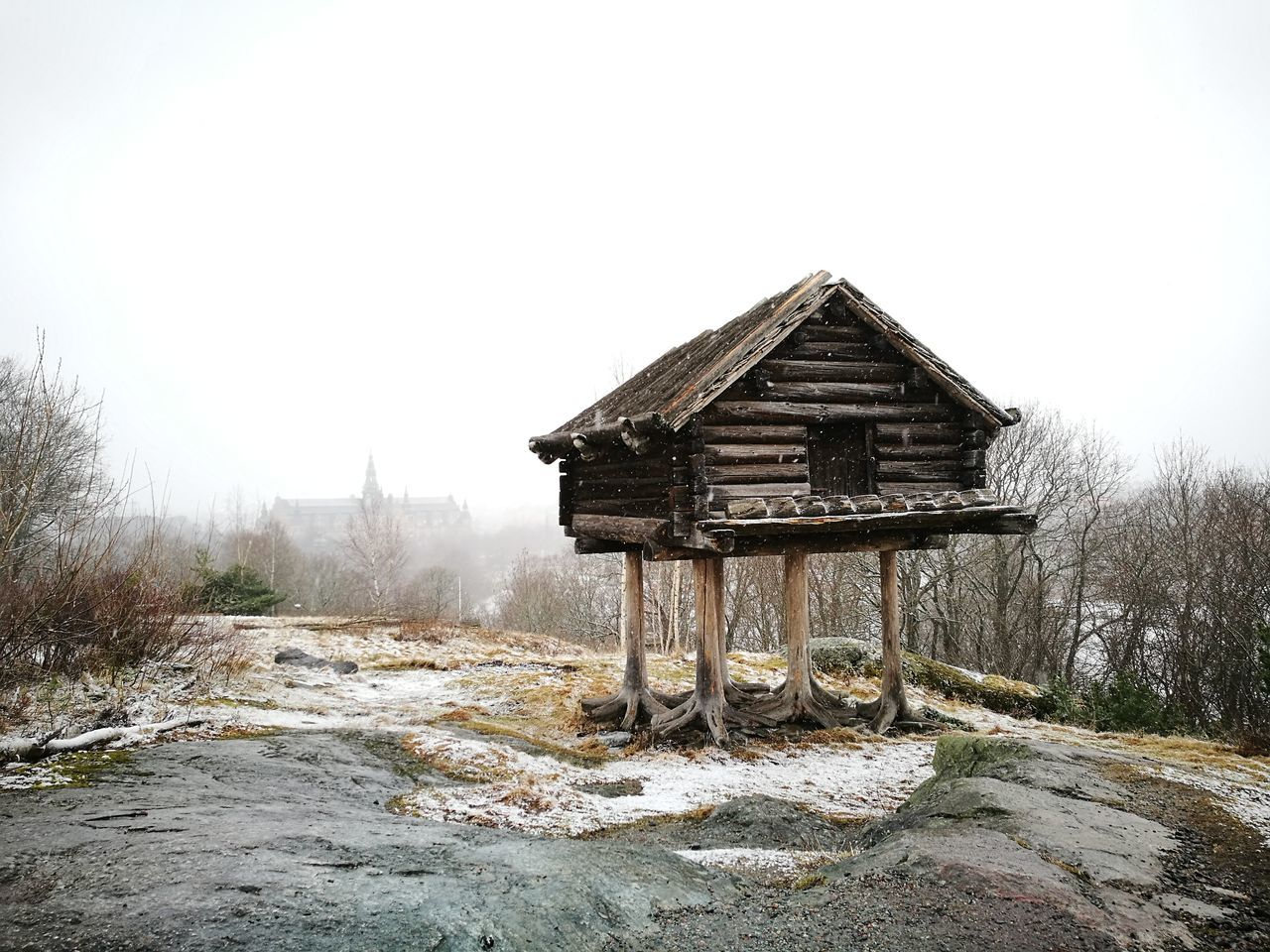 Skansen House On Legs Built Structure Outdoors Nature Architecture House Winter HuaweiP9