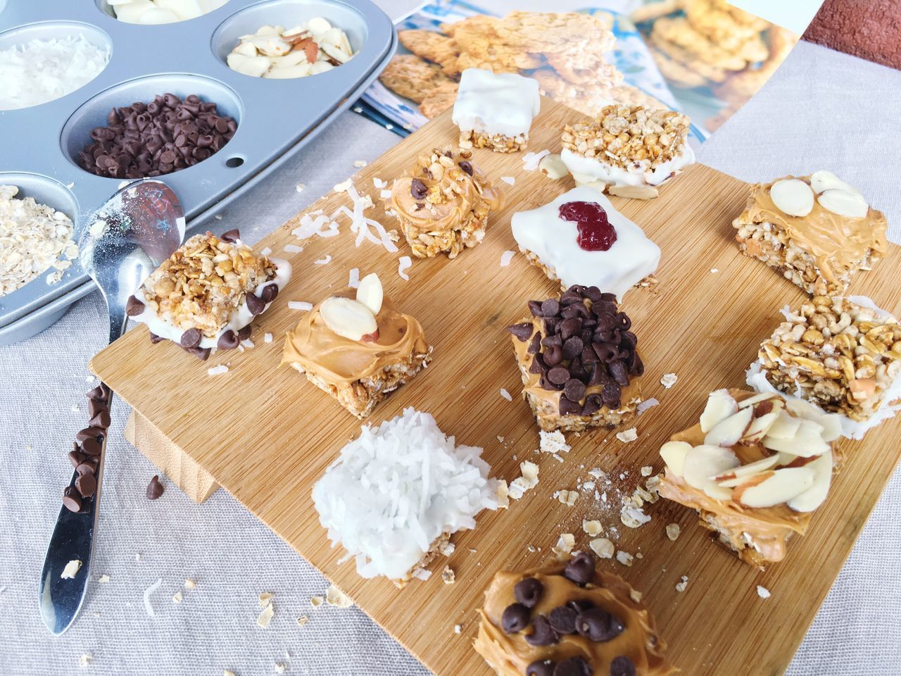 Check This Out Taking Photos Enjoying Life Showcase July Togo Breakfast Taking Photos Almonds White Chocolate Coconut Chocolate Dessert Snacks! Oats Baking Handmade For You