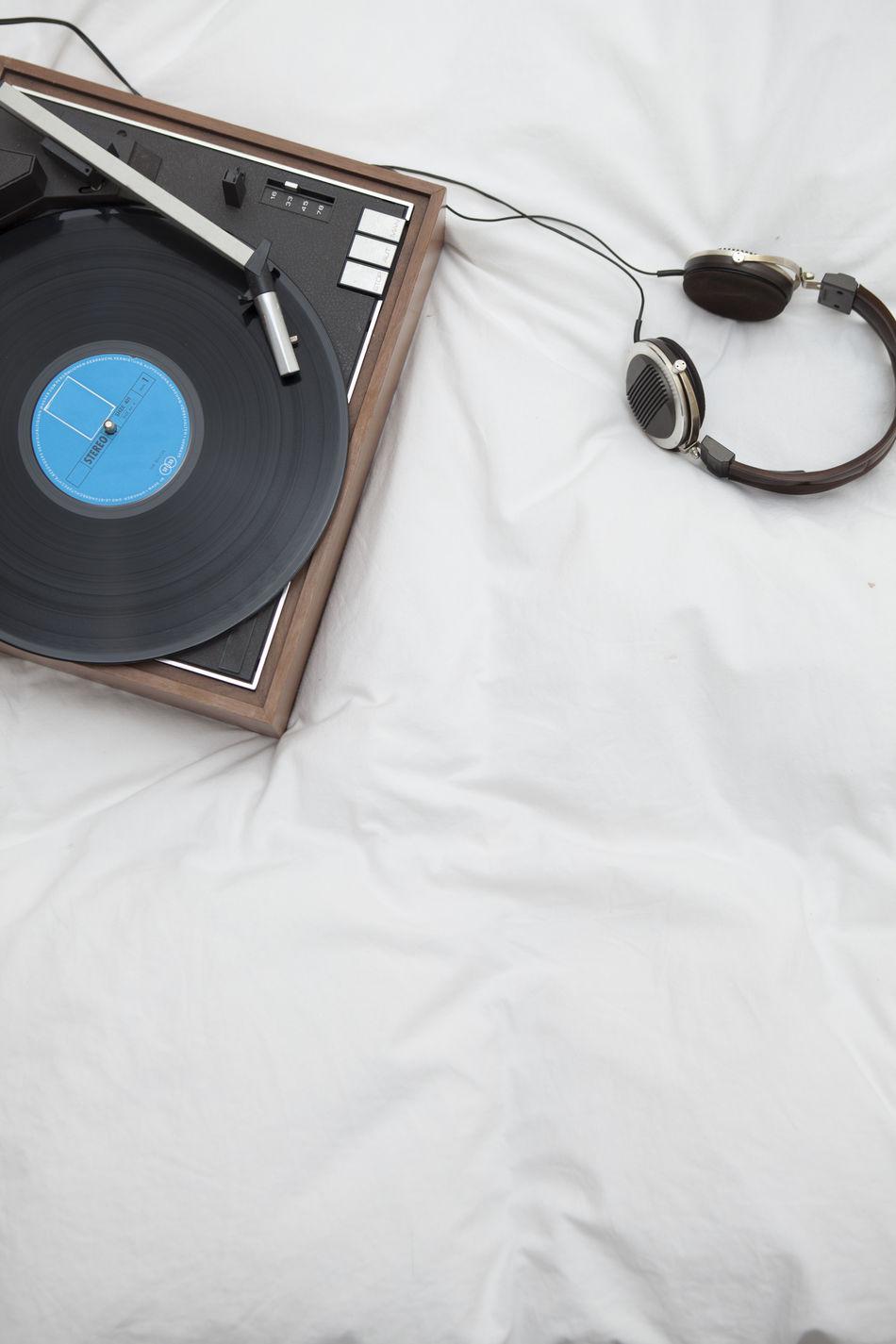 Headphones Listening Music Relaxing Retro Vintage Vynil