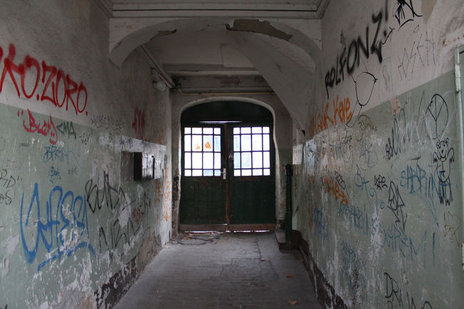 Berlin Friedrichshain Hauseingang Old Buildings Urban City Door My Fuckin Berlin No People Berlin Remains Dirty