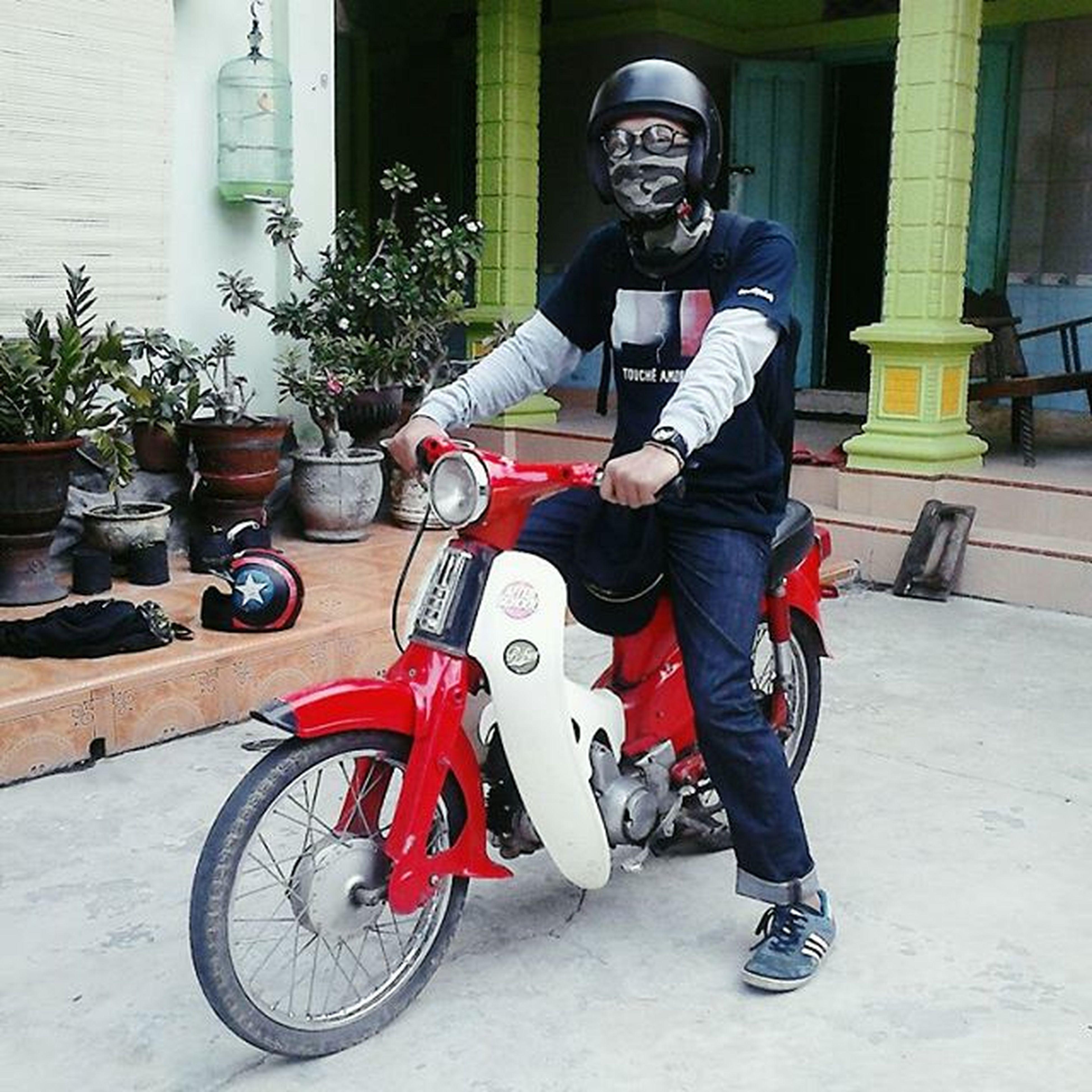 sini bonceng abang dek :3 . . . . . . Sekepalaspal Bikertermenung Bike Vscocam VSCO TBT  Biker Swengskoy Selamanyaduaroda