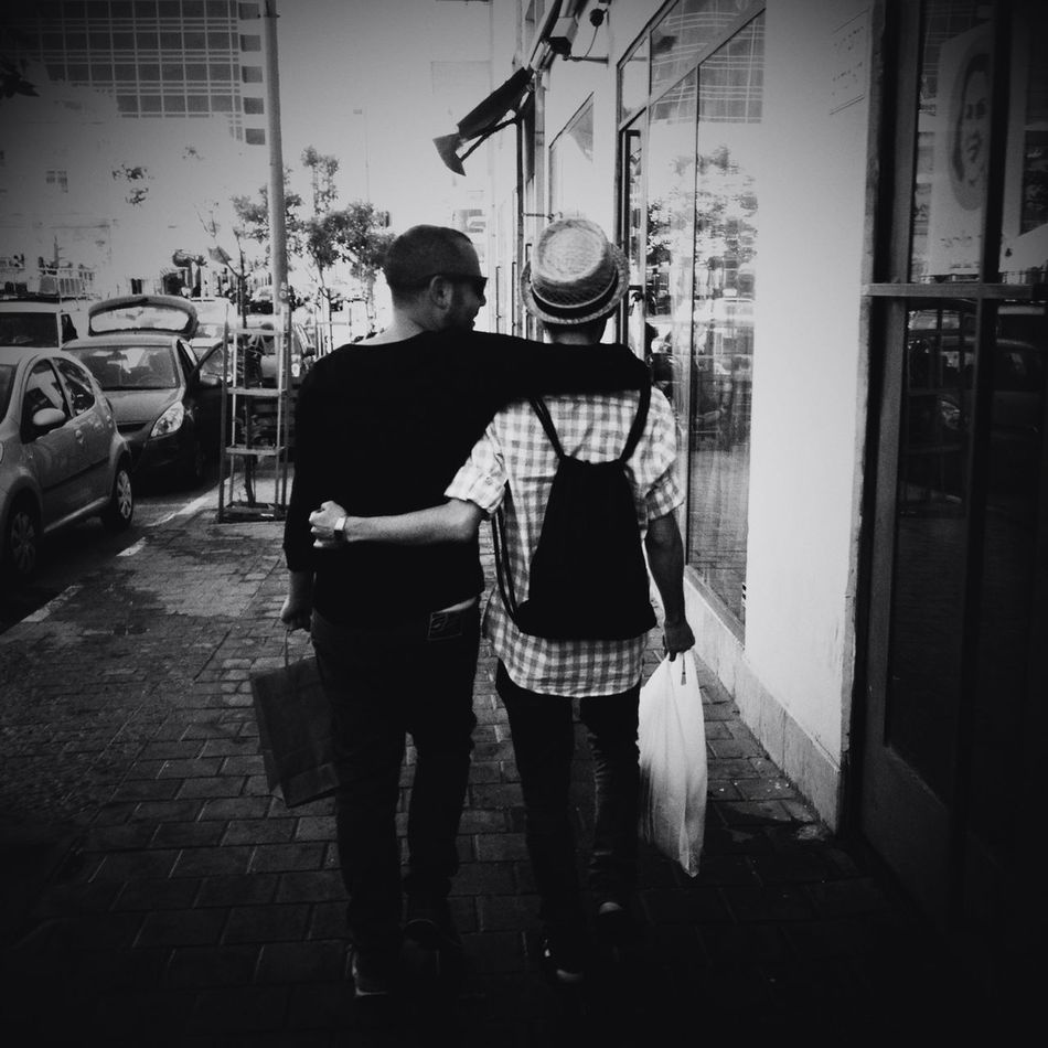 Love Streetphotography Blackandwhite Two Of A Kind Mattebox2