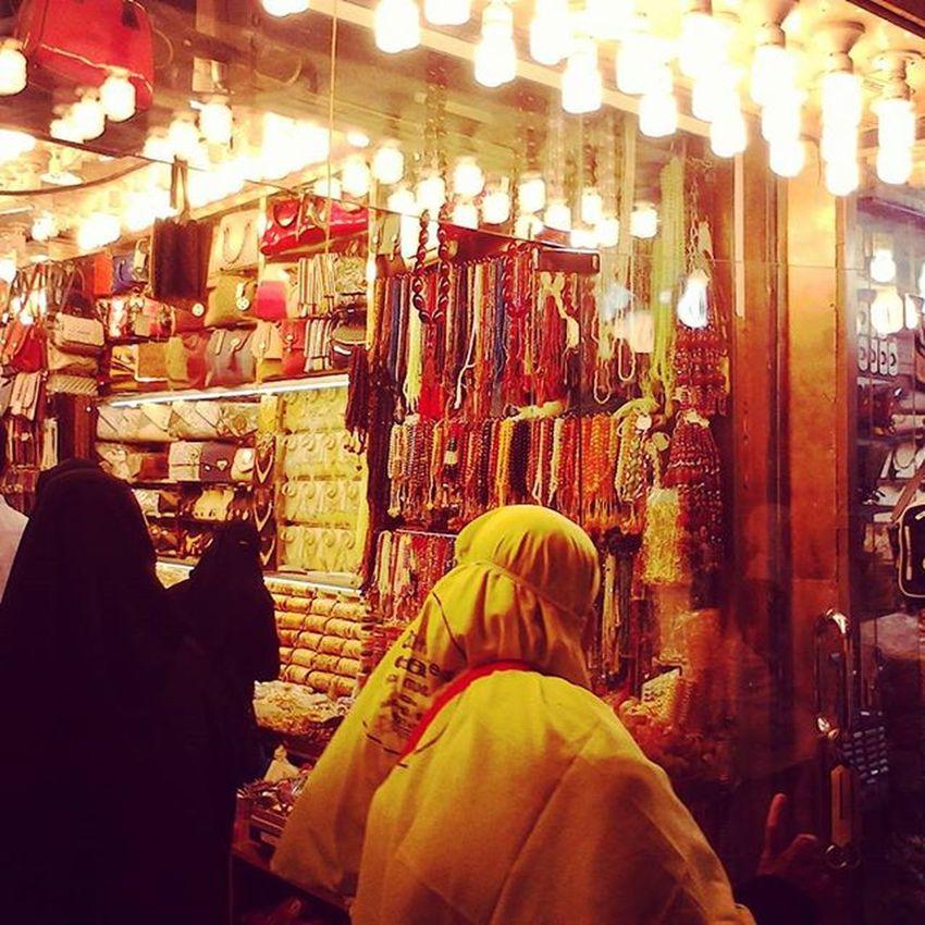 Street around Mecca Streetart Street Streetphotography Urban UrbanART Souvenir Instagood ArtWork Photooftheday Streetartistry Photography StreetArtEverywhere MeccaStreet Shooping Arabiansouvenir Holidaytimefiles