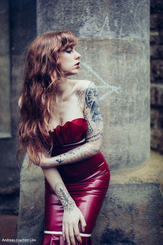 Killed Tristesse People Beautiful Beauty Portrait Ink Girl Model Tattoo Enjoying Life Fashion Woman Models Skin Latex Portrait Of A Woman Latex Dress  Model Shoot Color Portrait EyeEm Best Shots - People + Portrait Inkedgirls Relaxing Taking Photos Check This Out Check This Out Taking Photos