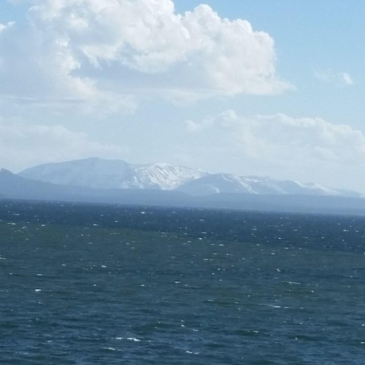 Lakeyellowstone Grandtetons Mountains