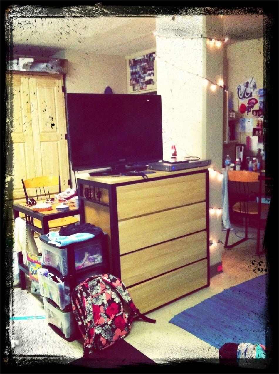 Dorm Room :)