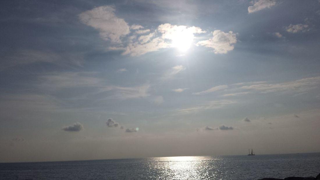 Sun Cloud - Sky Sunbeam Sea Water