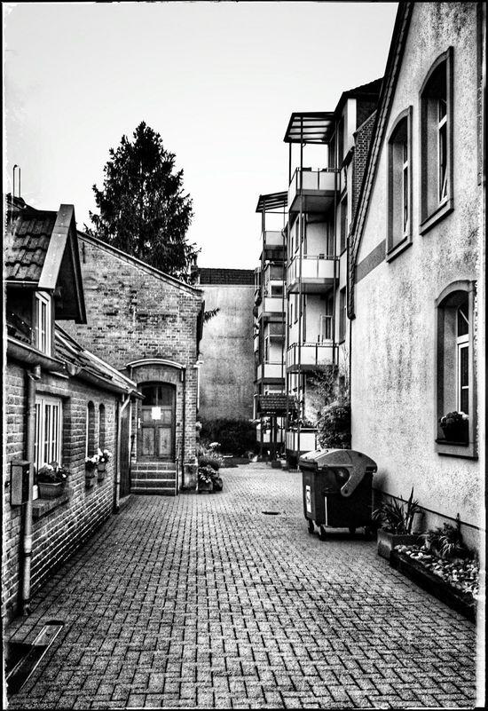 Herrenhausen Streetphoto_bw Architektur Black & White Schwarz & Weiß Urbanphotography Streetphotography Hannover