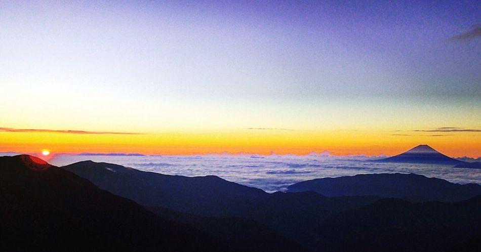 Mountain Beauty In Nature Nature Landscape Sky Photography Beautiful Japan 登山 Landscape_photography 富士山 富士 北岳 Fuji Mountfuji Fujimount Sunrise Sun Morning Sky Love Like