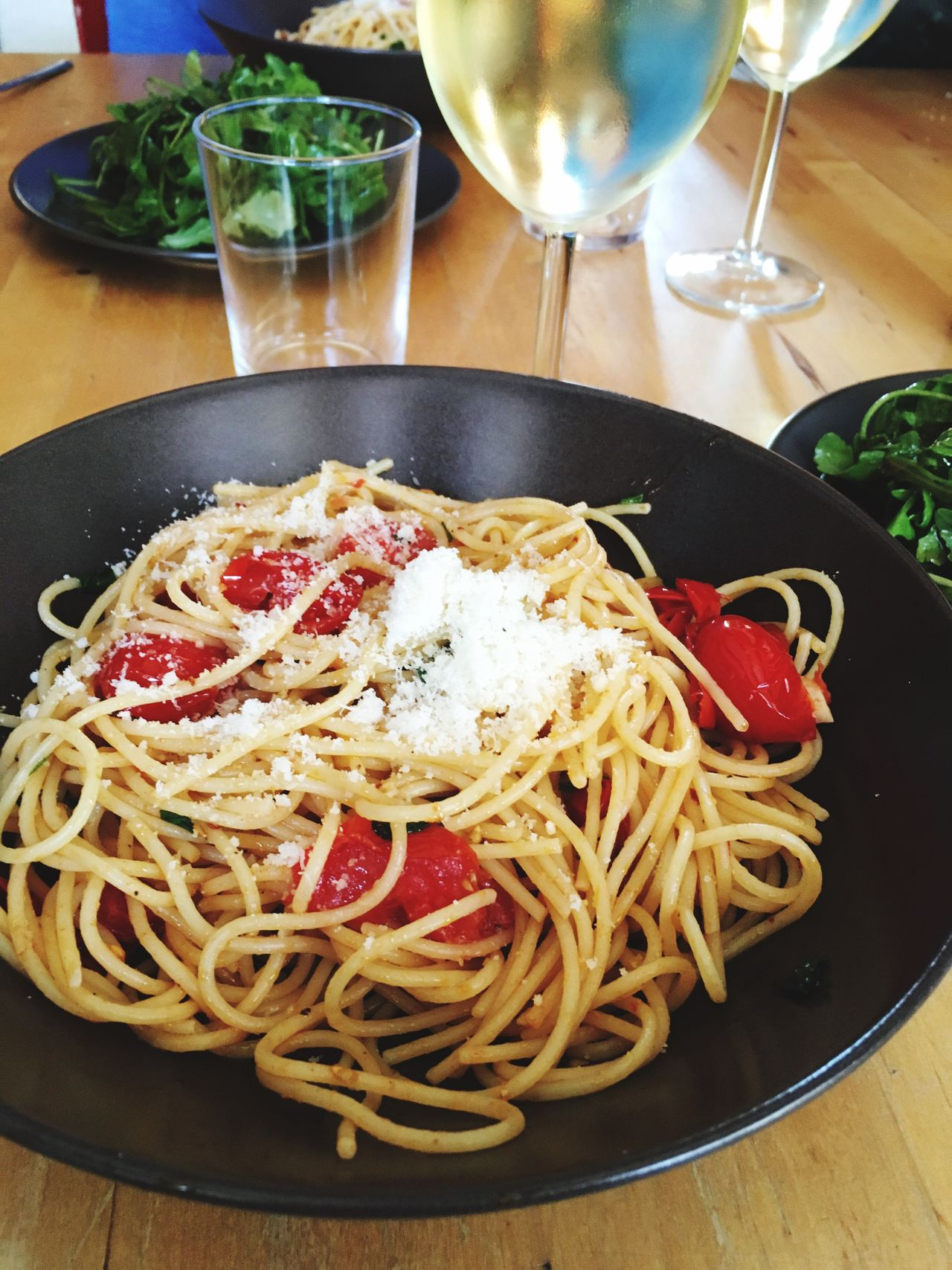 Food And Drink Food Ready-to-eat Indoors  Freshness Table Meal Serving Size Close-up Plate Indulgence Vegetable Temptation Dinner Red Garnish Lunch Appetizer Served Spaghetti Aglio Olio Spaghetti