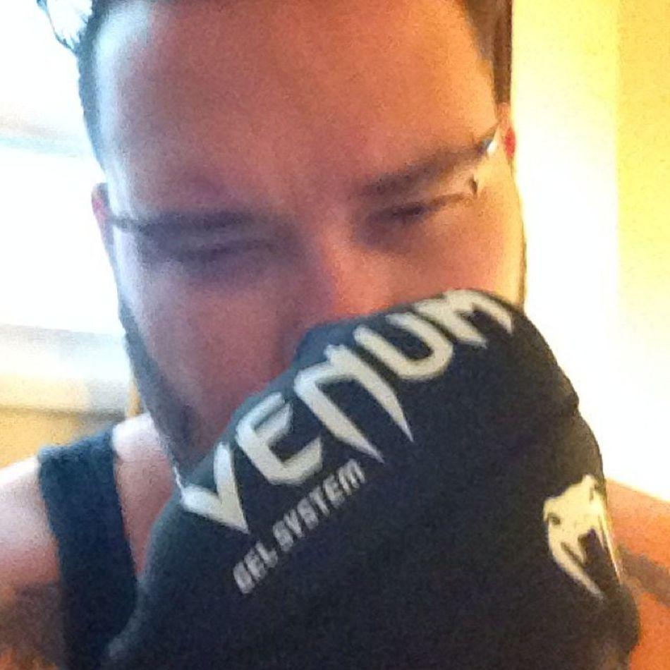 New Venum gel handwraps arrived! Venum MuayThai Oama Thereturn sinisterhand