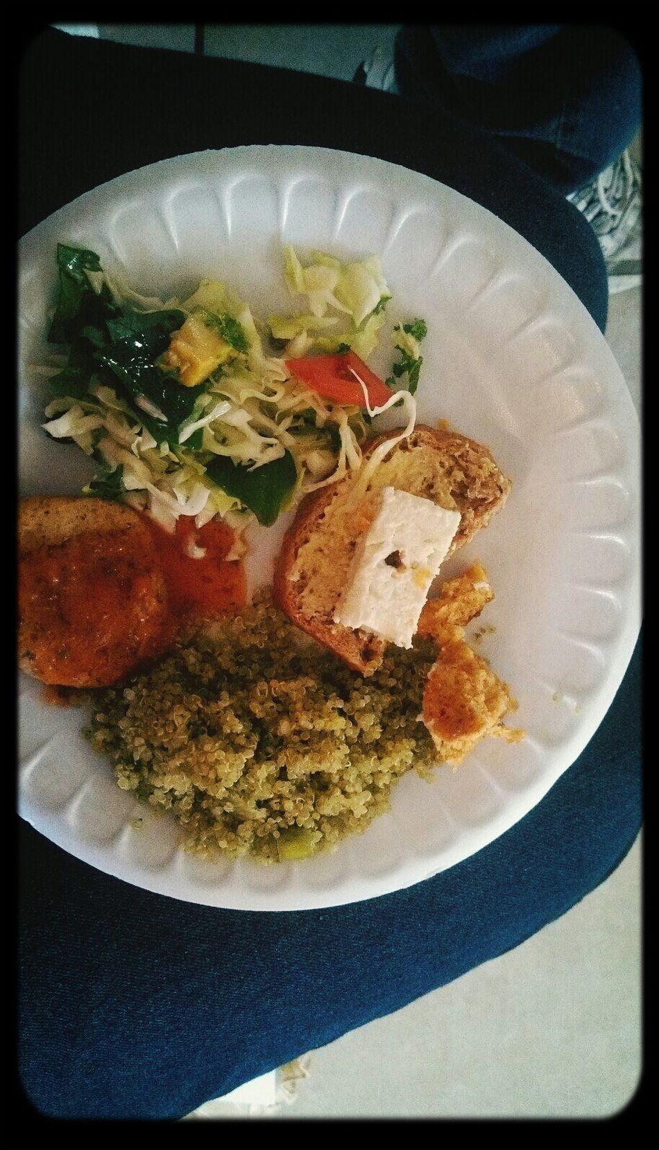 Tasting at the vegetarian cuisine class. Cooking Vegan Vegan Food Quinoa Healthy Food