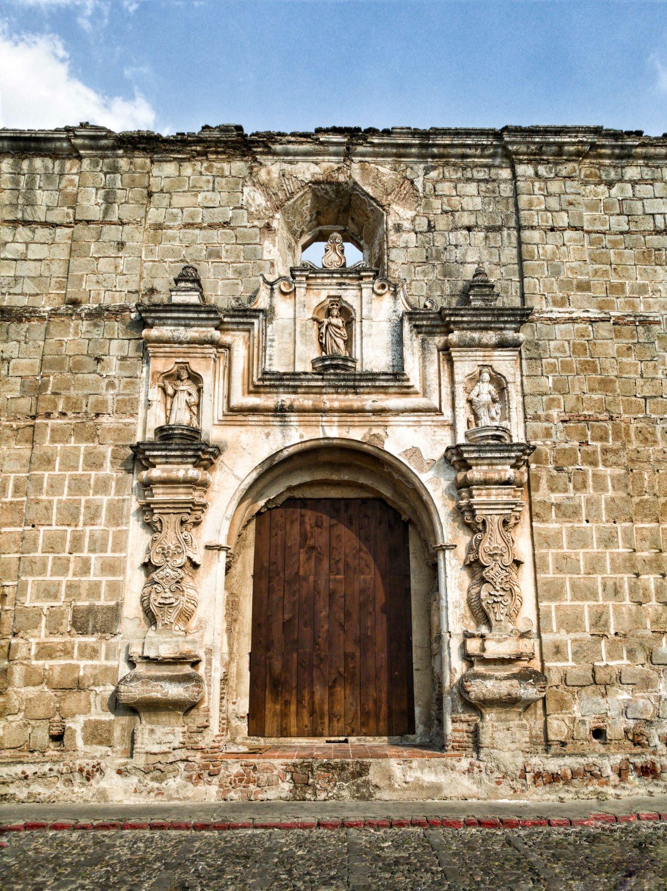 Architecture AntiguaGuatemala! ❤ UNESCO World Heritage Site Mobilephotography Guatemalaimpresionante PhonePhotography Huawei P9 Leica Guatebella Travel Destinations Spanishcolonial