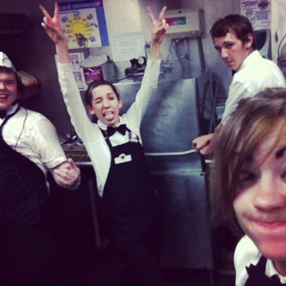 Fun day at work!!! SNS Dishroom Longday Silly @jess___nicooole @brownmatt919