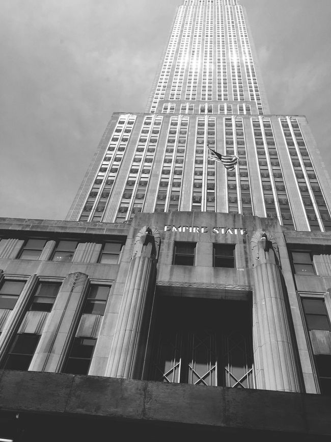 Empire State Building Empirestateofmind New York The Best Of New York Buildings Architecture Architecture_collection NYC Photography NYC LIFE ♥ NYC Street Photography Empirestatebldg