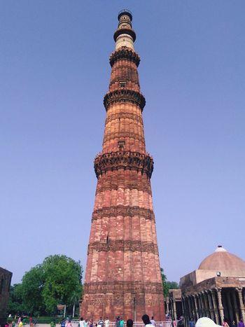 Brother of eiffel tower - qutab minar Taking Photos Monuments Incredible India Enjoying Life Travelling Photography Delhi Qutabminar