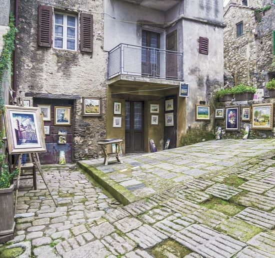 Architecture Building Exterior Built Structure Maremma Maremma Tuscan No People Outdoors Paintings On The Wall Pictures Square Exibition Tatti Tuscany Window