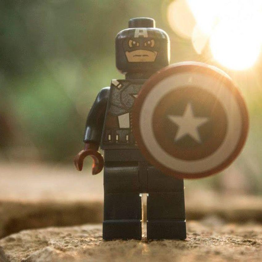 The first Avenger, Canon Legoart LEGO Legophotography Legogram LegoMan LegoMarvel Legominifigure Minifigure Instalego Marvel Captainamerica Avengers Superheroe Toy Toyphotography Toyartistry Paraguay Sun Lateafternoon Atardecer Insta Pic