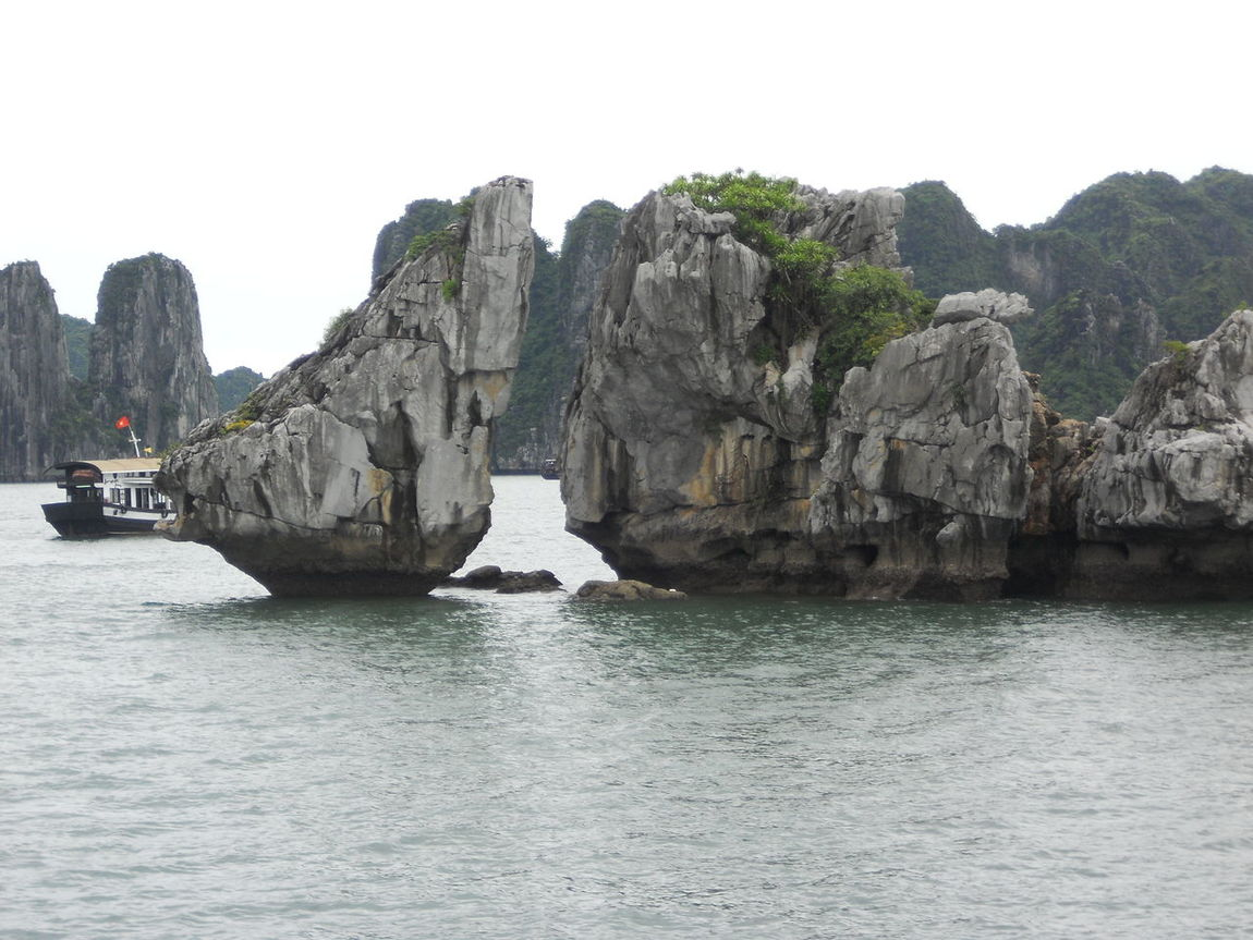 Best holidays ever 7wondersoftheworld ASIA Asian  Be Canyon Cliff Day Food Frutillas Geology Halongbay Mountain Nature Physical Geography Places Rock Rock - Object Rock Formation Rough Sea Seaside Turist Unesco Vietnam WondersOfNature