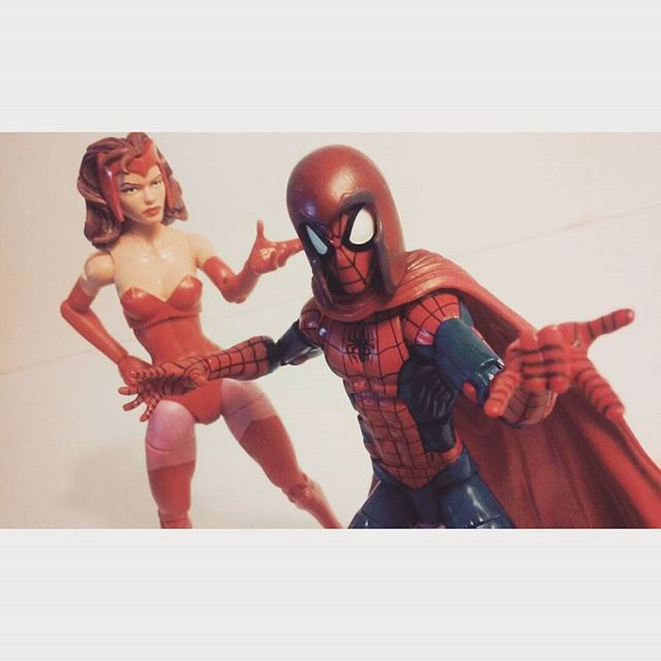 """Maaaan i feel so badass!!""-spiderman ""Can i have my cape back?""-scarlet Marvellegends ScarletWitch Hasbro Disney Spidey Amazingspiderman Mcu Spiderblood Spiderman Webslinger Webhead Marvel Articulatedcomicbook Actionfigurephotography Actionfigures Figurecollection Marvelentertainment Collection Figures Wandamaximoff Wanda Xmen Avengers Infiniteseries"