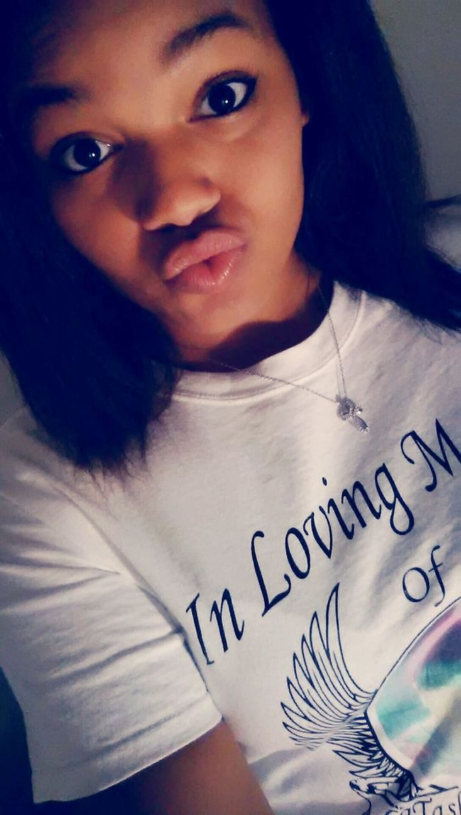 I think its time to take a trip to the bed boy your body talking and im loving it says! Dontcha be afraid to, let me elavant you! comeWel to the super duper juptier love!!! Treysongz Team Lightskin💋 Lips #love #smile #pink #cute #pretty Mwauhhh ❤